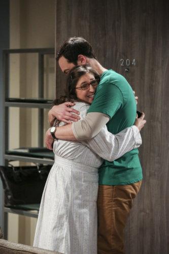 Amy Farrah Fowler (Mayim Bialik) and Sheldon Cooper (Jim Parsons) in 'The Proposal Proposal'