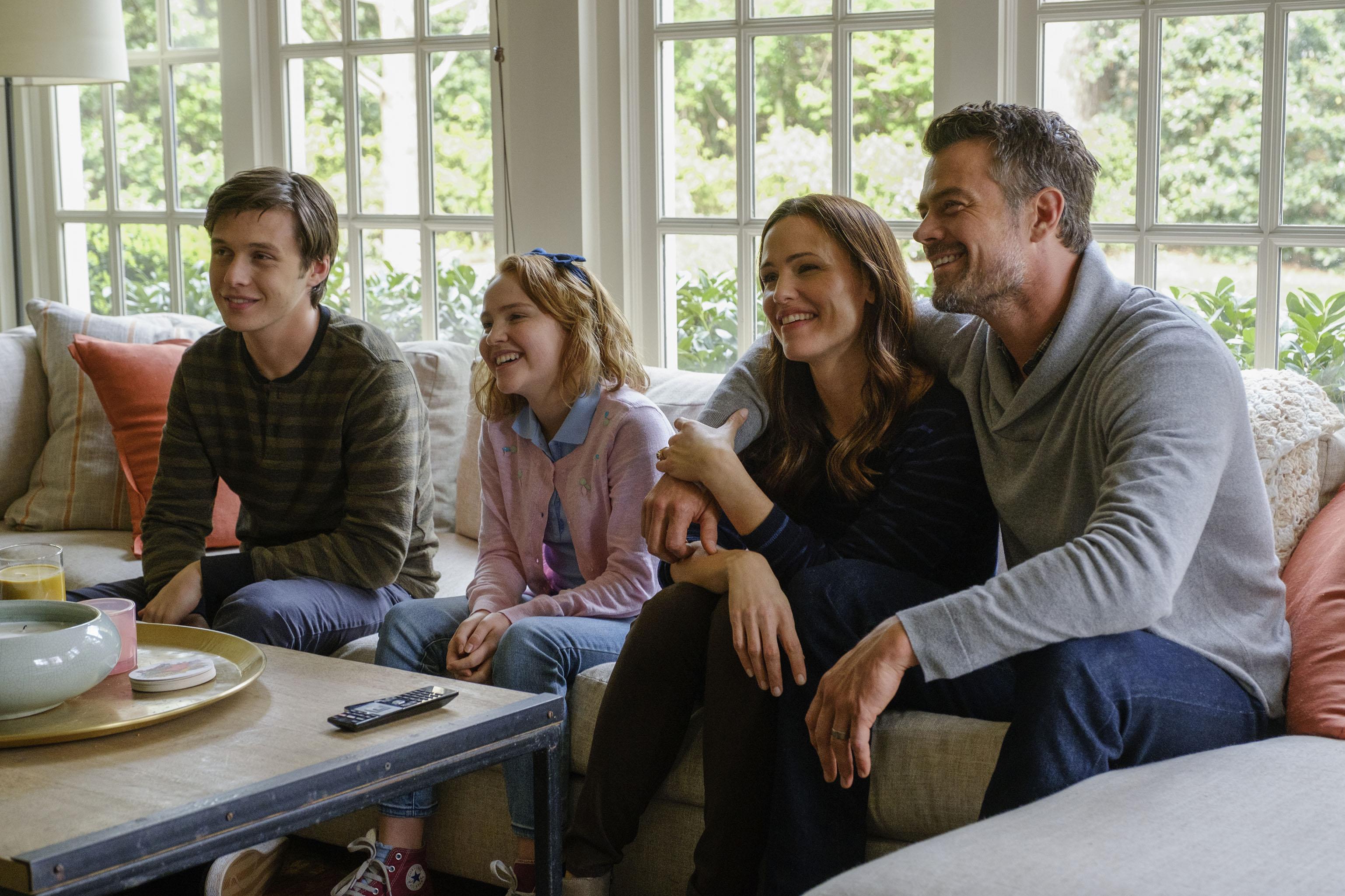 Nick Robinson (Simon), Talitha Bateman (Nora), Jennifer Garner (Emily), and Josh Duhamel (Jack) star in Twentieth Century Fox's LOVE, SIMON