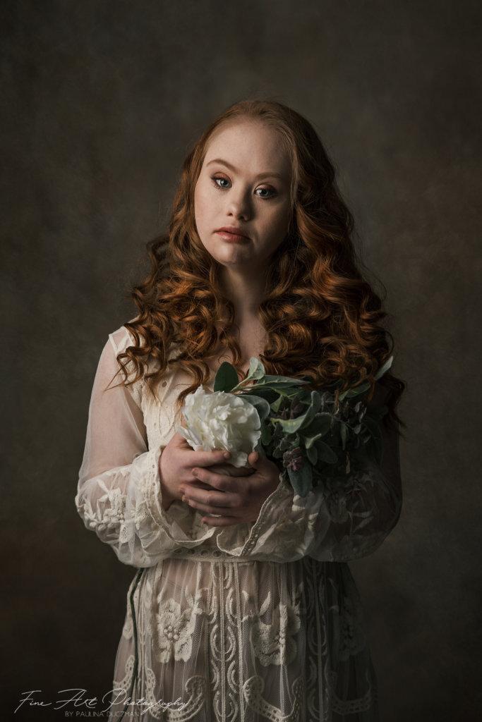 Madeline Stuart portrait with flowers