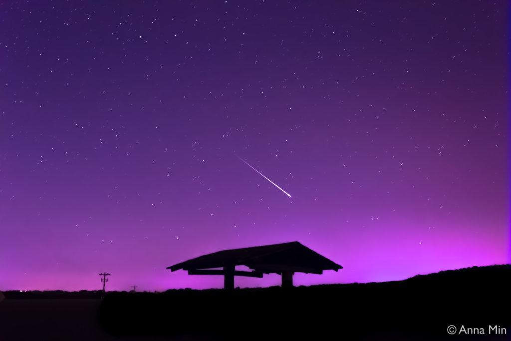 Anna Min night sky